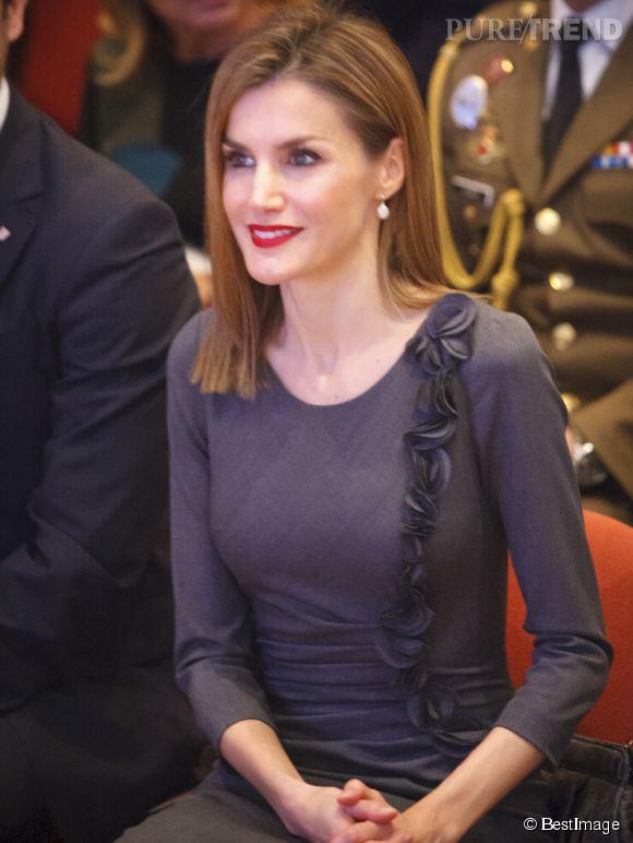 La reine Letizia d'Espagne au congrès National Volunteer de Palma de Majorque, le 27 novembre 2014.