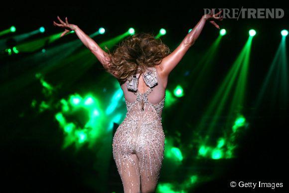 Pourquoi les hommes aiment autant les grosses fesses comme celles de Jennifer Lopez ?