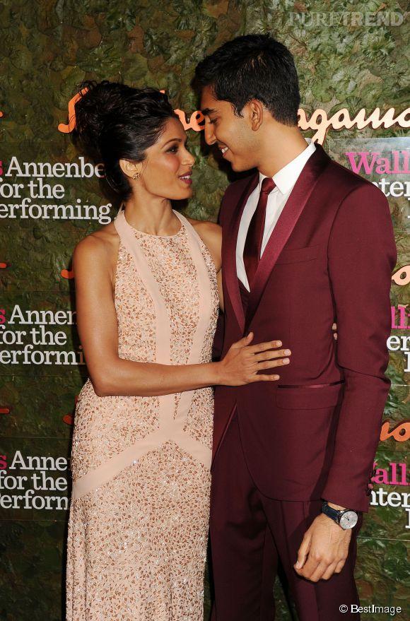 Le 17 octobre 2013, Freida Pinto et Dev Patel font leur dernière apparition en public ensemble. Si ce cliché a été pris quelques mois seulement avant leur séparation, les deux acteurs semblent toujours amoureux.