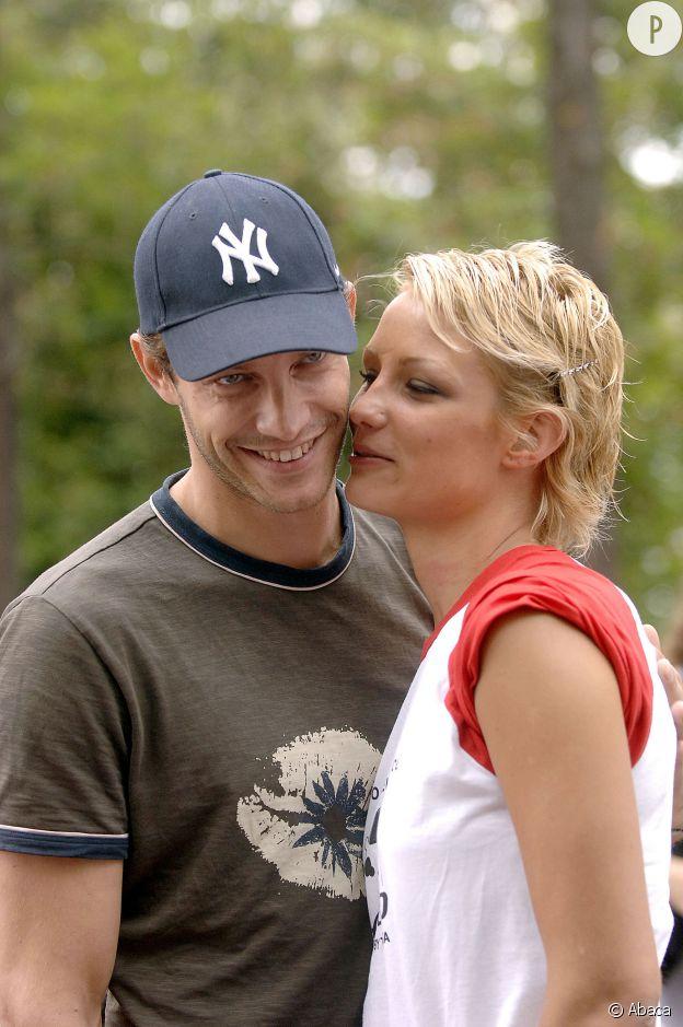 La belle rencontre l'amour la même année avec Bertrand Lacherie.