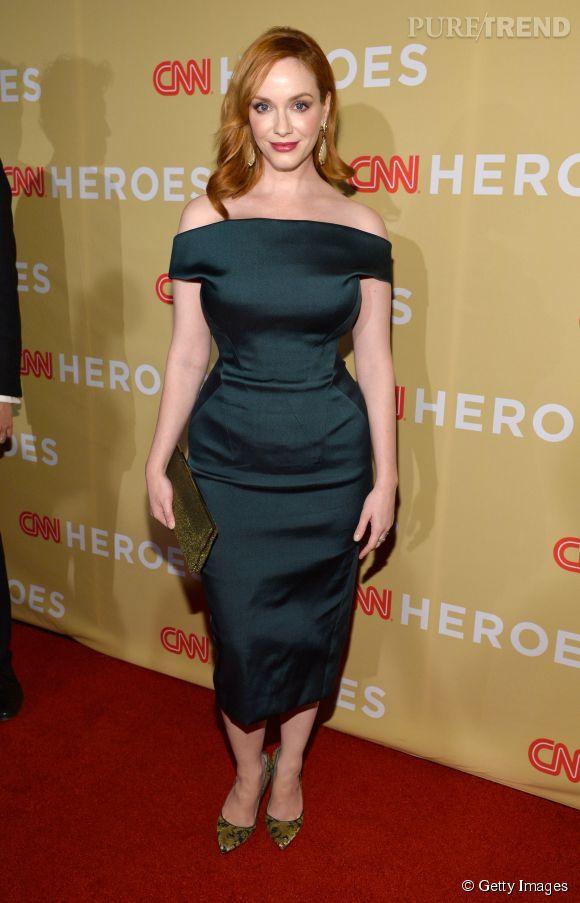 Christina Hendricks et la robe fourreau rétro pour les plus plantureuses.