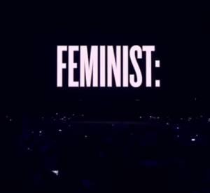 """Interlude féministe de Beyoncé lors de son """"On the run tour""""."""