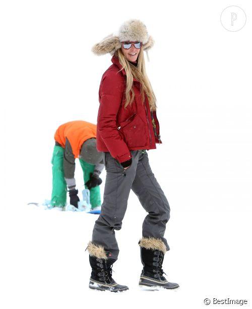 Elle Macpherson prend la pose à Aspen.