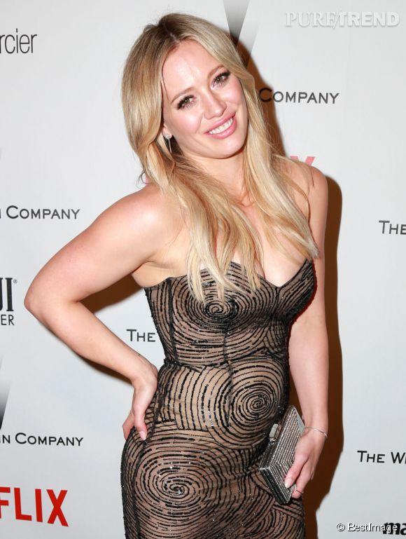 Hilary Duff a souffert d'un petit problème de robe aux Golden Globes 2015 !