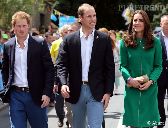Bientôt des selfies de Kate, Harry et William ?
