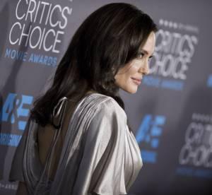 Angelina Jolie superbe vestale, elle tente de rivaliser avec Jennifer Aniston