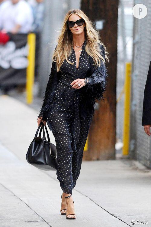 Elle Macpherson va chez Jimmy Kimmel.