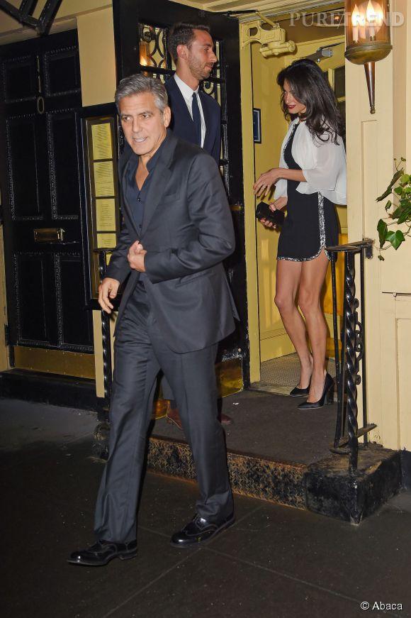 Amal et George Clooney à la sortie d'un restaurant New-yorkais