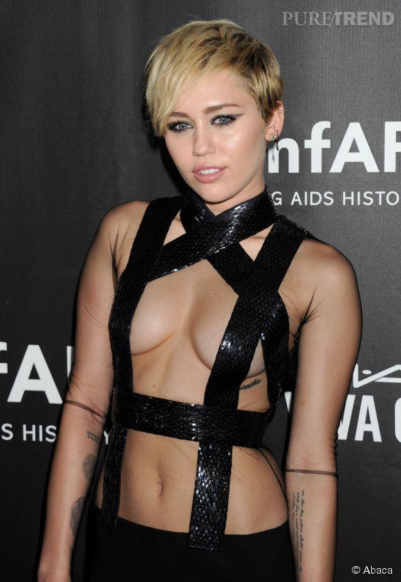 Miley Cyrus, une chanteuse adepte de looks pour le moins osés.
