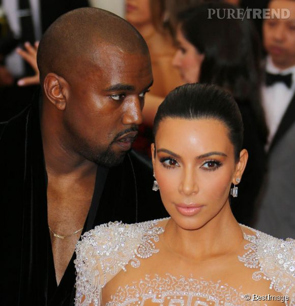 Kim Kardashian porte des boucles d'oreilles Lorraine Schwartz au MET Ball 2015.