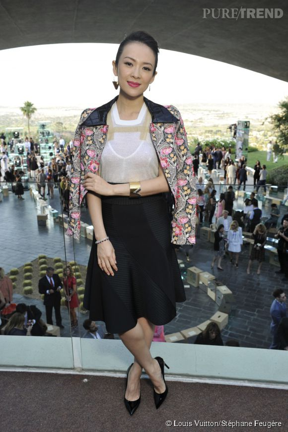 Zhang Ziyi au défilé Louis Vuitton Croisière 2016 le 6 mai 2015 à Palm Springs.