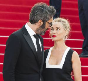 Emmanuelle Béart : folle amoureuse, elle officialise son couple à Cannes