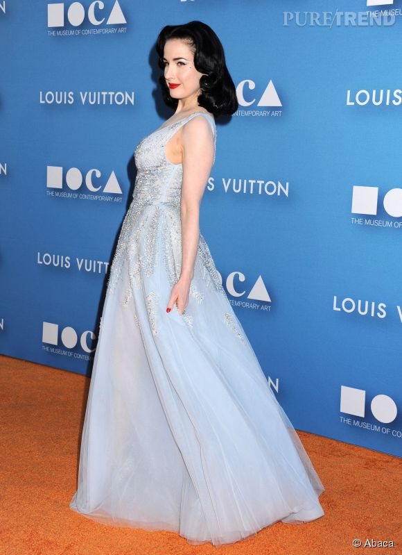 Dita Von Teese belle princesse à Los Angeles.