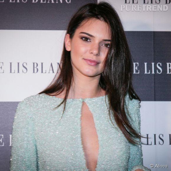 """Kendall Jenner est égérie de plusieurs marques dont Calvin Klein et """"Le Lis Blanc""""."""