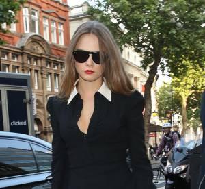 Cara Delevingne : La maîtrise du look noir & blanc... A shopper !