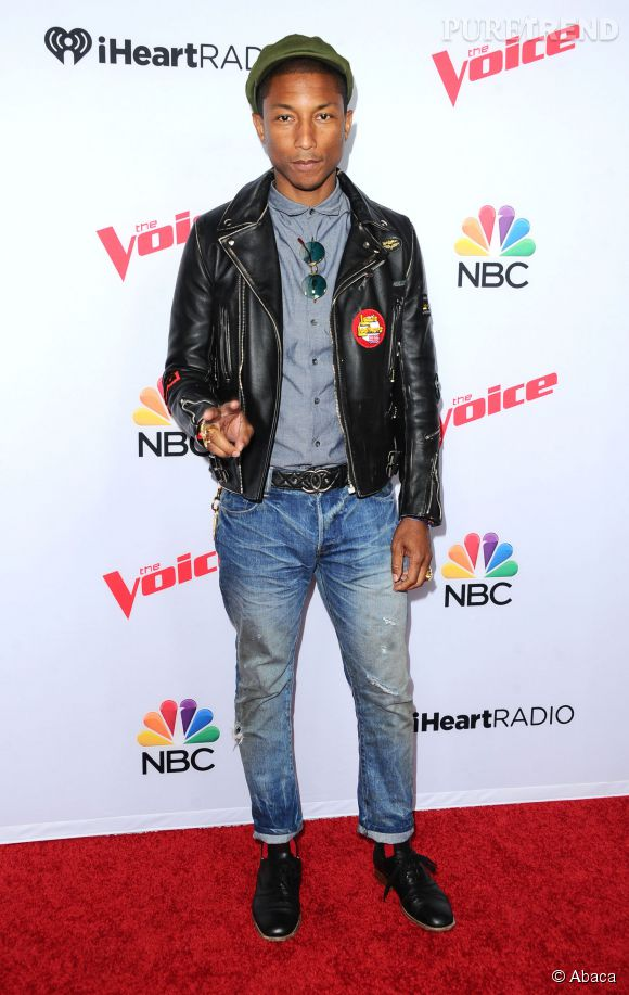 Pharrell intégre le top, of course.