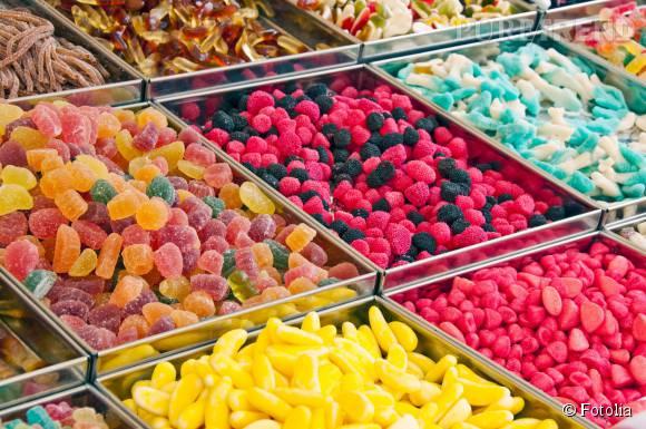 Le sucre est au centre de l'attention : l'OMS recommande de réduire radicalement notre consommation de sucre raffiné.