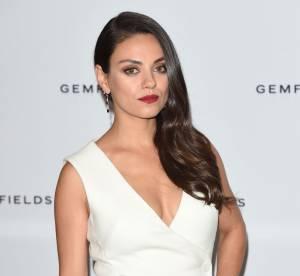 Mila Kunis, renversante en total look blanc à Londres