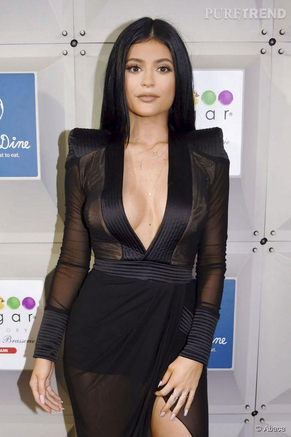 Kylie Jenner Est Une Vraie Make Up Addict