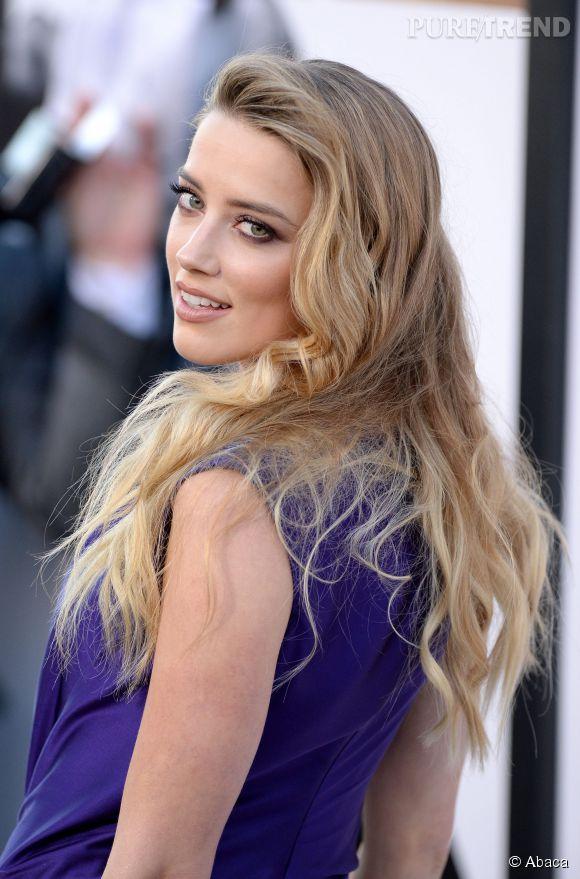 Amber Heard toujours aussi canon, elle vole la vedette aux stars masculines à Los Angeles le 25 juin 2015.