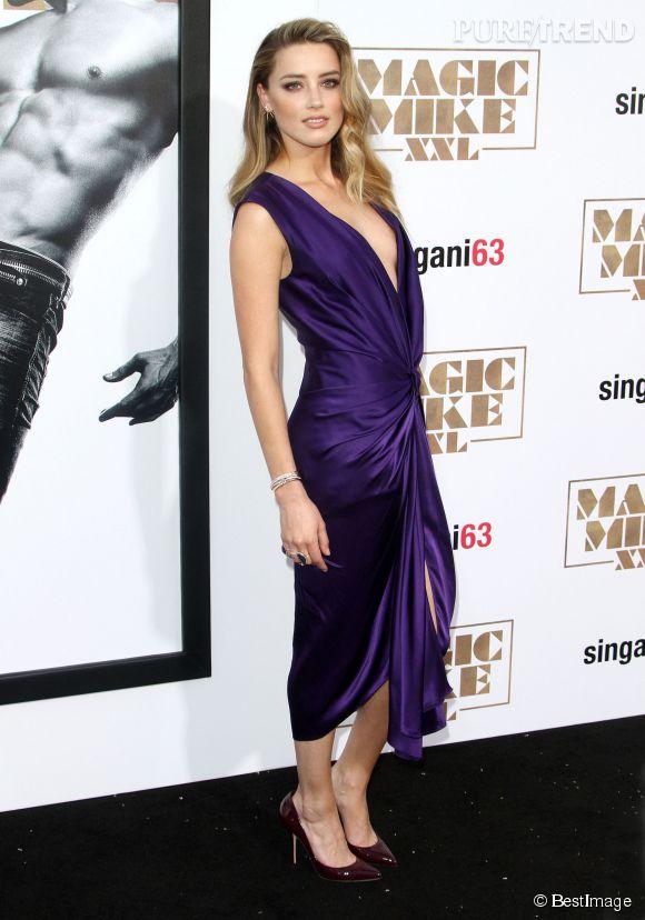 Amber Heard superbe dans sa robe Monique Lhuillier le 25 juin 2015.