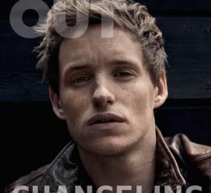 """Eddie Redmayne fait la couverture du numéro de septembre 2015 d'OUT Magazine. Il se confie sur son rôle de femme transgenre dans """"The Danish Girl""""."""