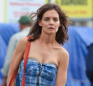 Katie Holmes méconnaissable : la petite robe en jean qui montre tout !