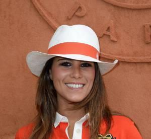 Karine Ferri, irresistible vacancière : robe en crochet et sourire de star