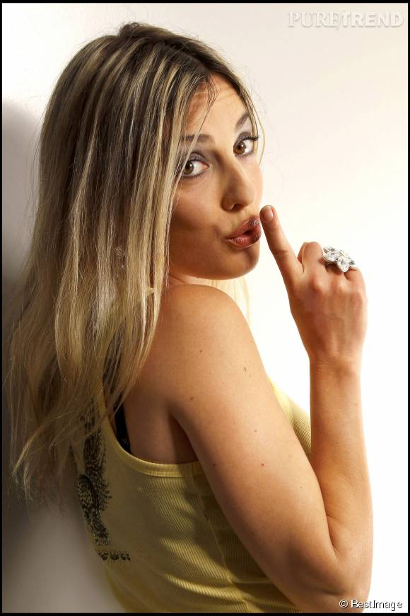 Eve Angeli, épanouie et amoureuse.