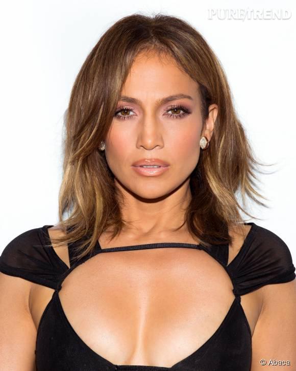 Jennifer Lopez craque pour le bronde, it coloration aux tons chauds.