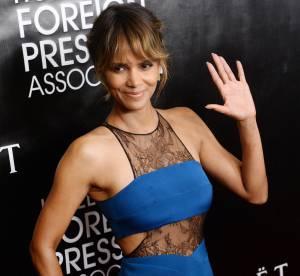 Halle Berry fête ses 49 ans : une vraie bombe en robe moulante et transparente