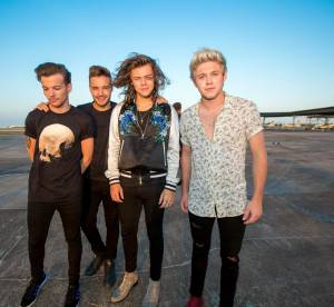"""Les One Direction s'envoient en l'air grâce à la NASA pour """"Drag me Down"""""""