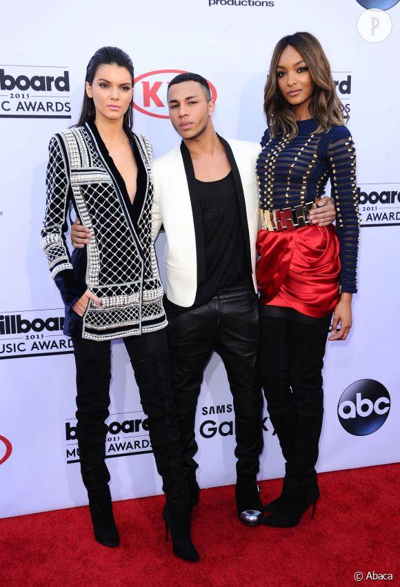 Kendall Jenner et Jourdan Dunn en H&M x Balmain lors de la cérémonie des Billboard Music Awards 2015, ce dimanche 17 mai 2015.