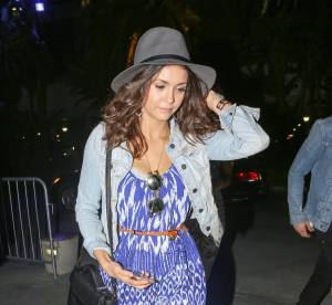 Nina Dobrev : recycle la robe de plage en jungle urbaine... A shopper !