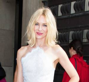 Naomi Watts a confié ne pas savoir se maquiller.