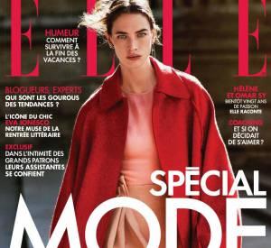 Hélène Sy se dévoile dans le nouveau numéro de ELLE.