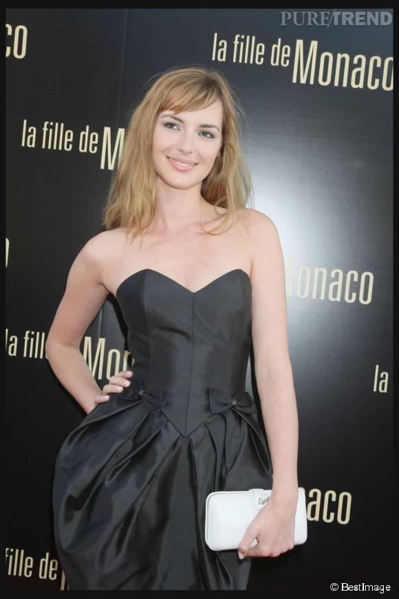 Louise Bourgoin est restée deux années à l'antenne de  Canal+.  La suite, elle, c'est au cinéma qu'elle se passe.