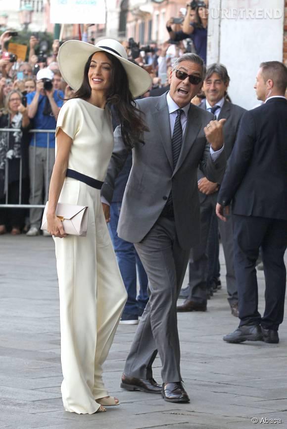 Amal Clooney stylée au bras de George pour son mariage civil