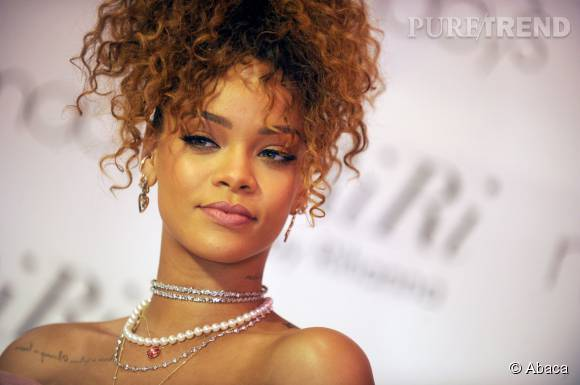 """Rihanna le 31 août 2015 à New York pour la présentation de son nouveau parfum """" Riri """""""