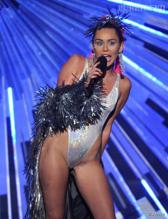 Miley Cyrus, toujours plus provocante.