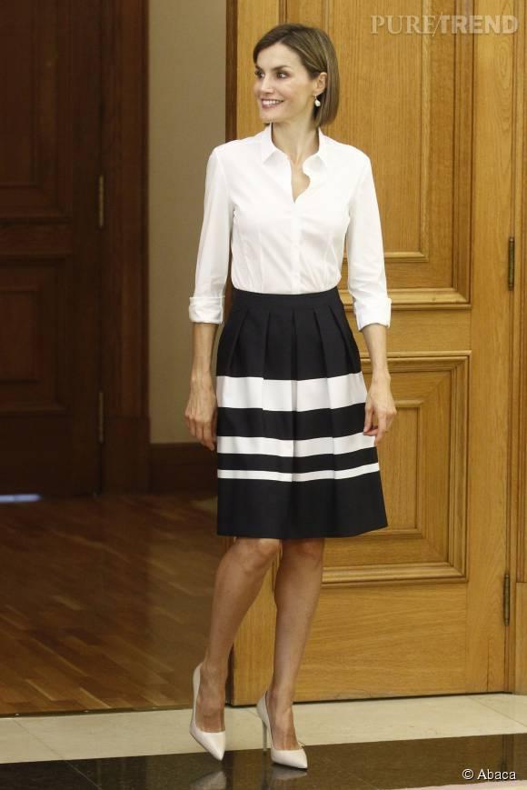 Letizia d'Espagne a fait sa rentrée en tenue chic.