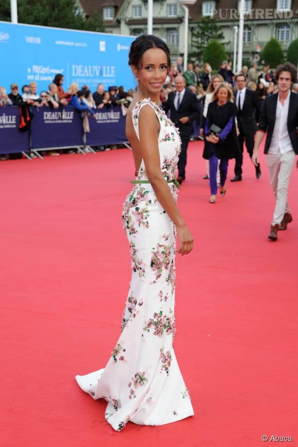 Sonia Rolland, resplendissante sur le tapis rouge du Festival de Deauville.