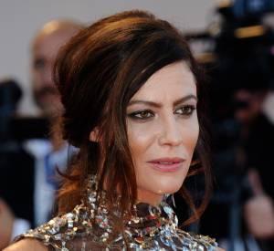 Anna Mouglalis a auréolé son regard de noir.