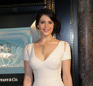 Gemma Arterton : une bombe sculpturale pour Tiffany & Co