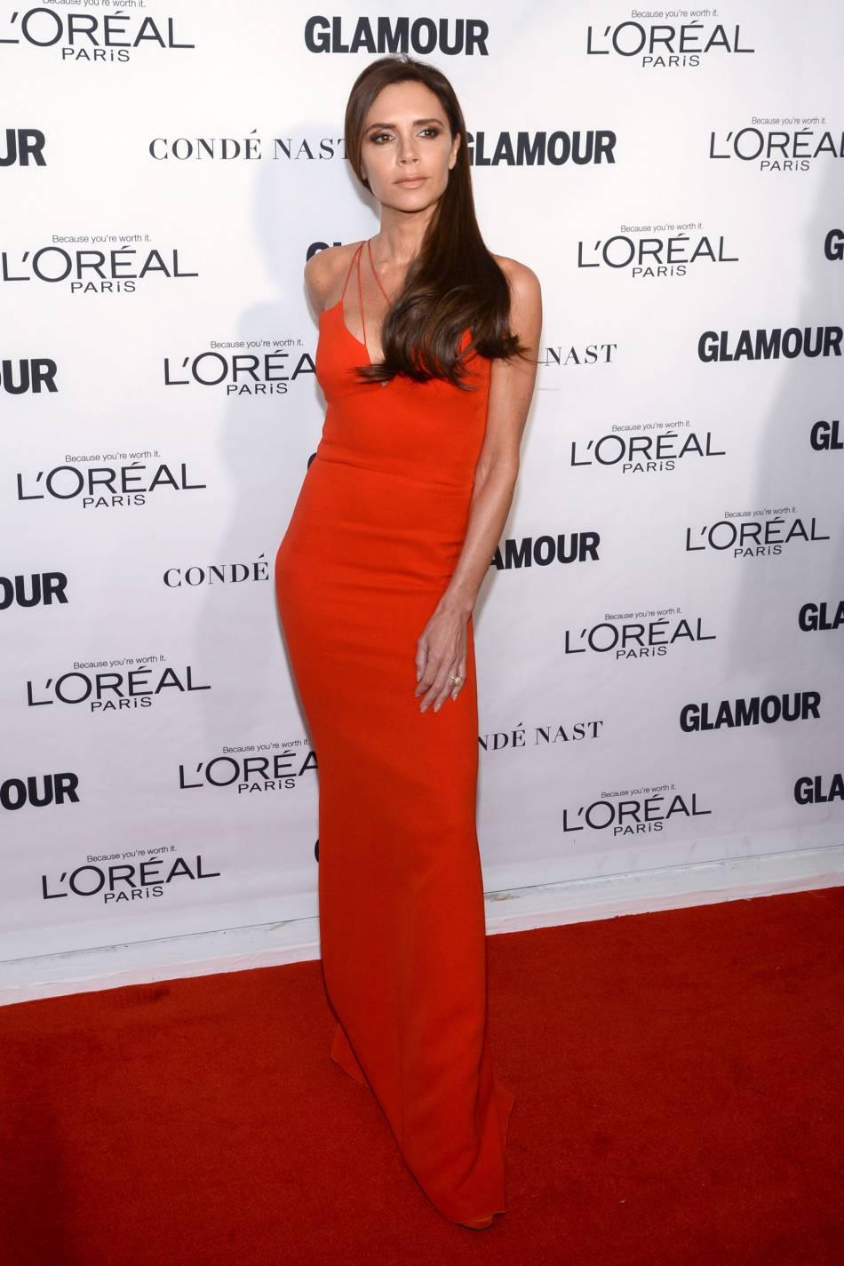 Victoria Beckham habillée en Victoria Beckham aux Glamour Awards le 9 novembre 2015 à New York.