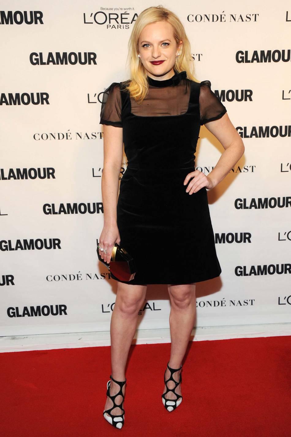 Elisabeth Moss aux Glamour Awards le 9 novembre 2015 à New York.