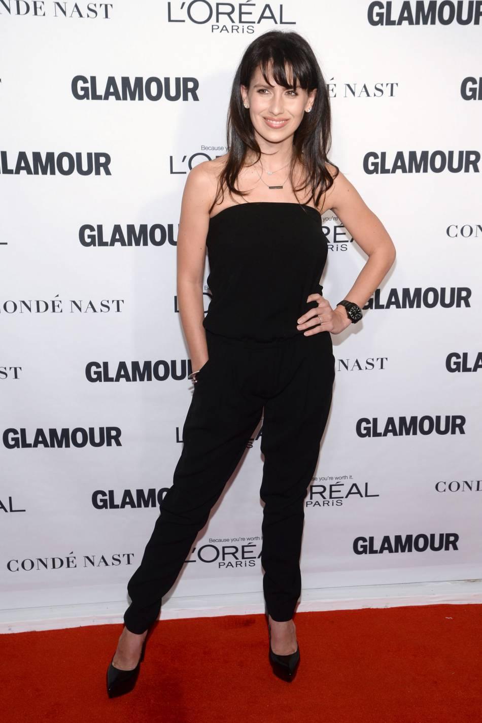 Hilaria Baldwin aux Glamour Awards le 9 novembre 2015 à New York.