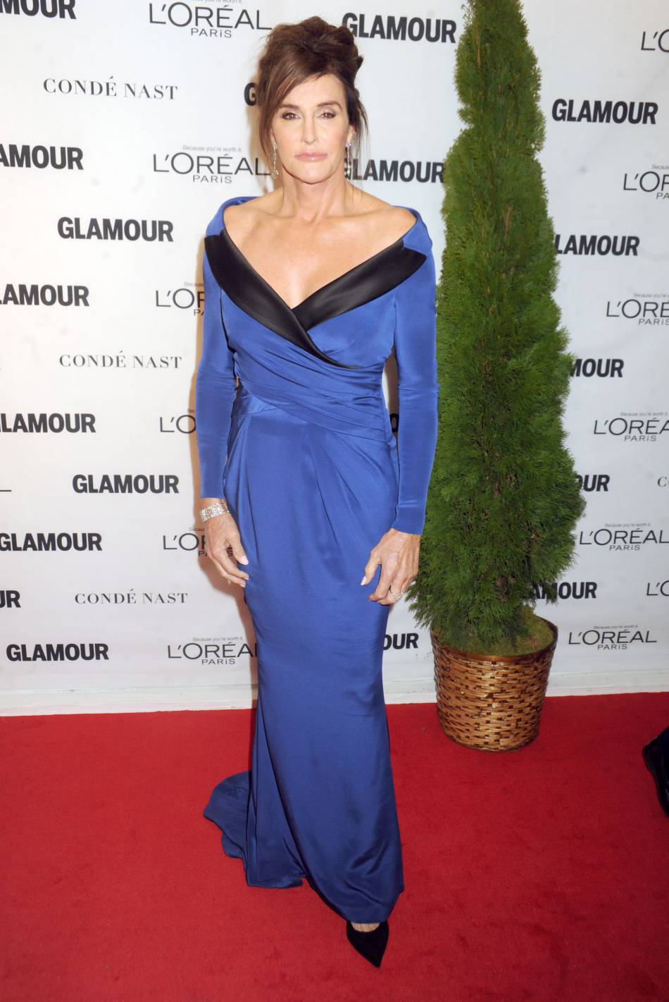 Caitlyn Jenner en Moschino Couture aux Glamour Awards le 9 novembre 2015 à New York.