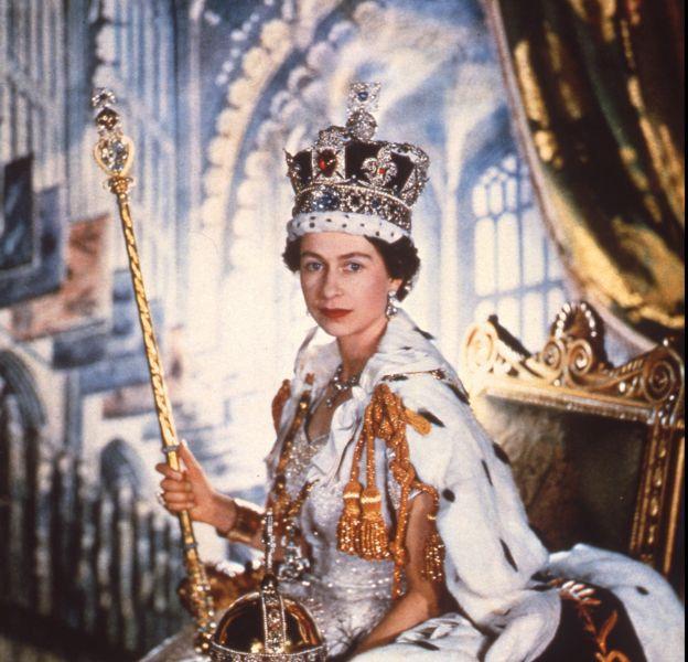 Elizabeth II, le jour de son couronnement, le 2 juin 1953.