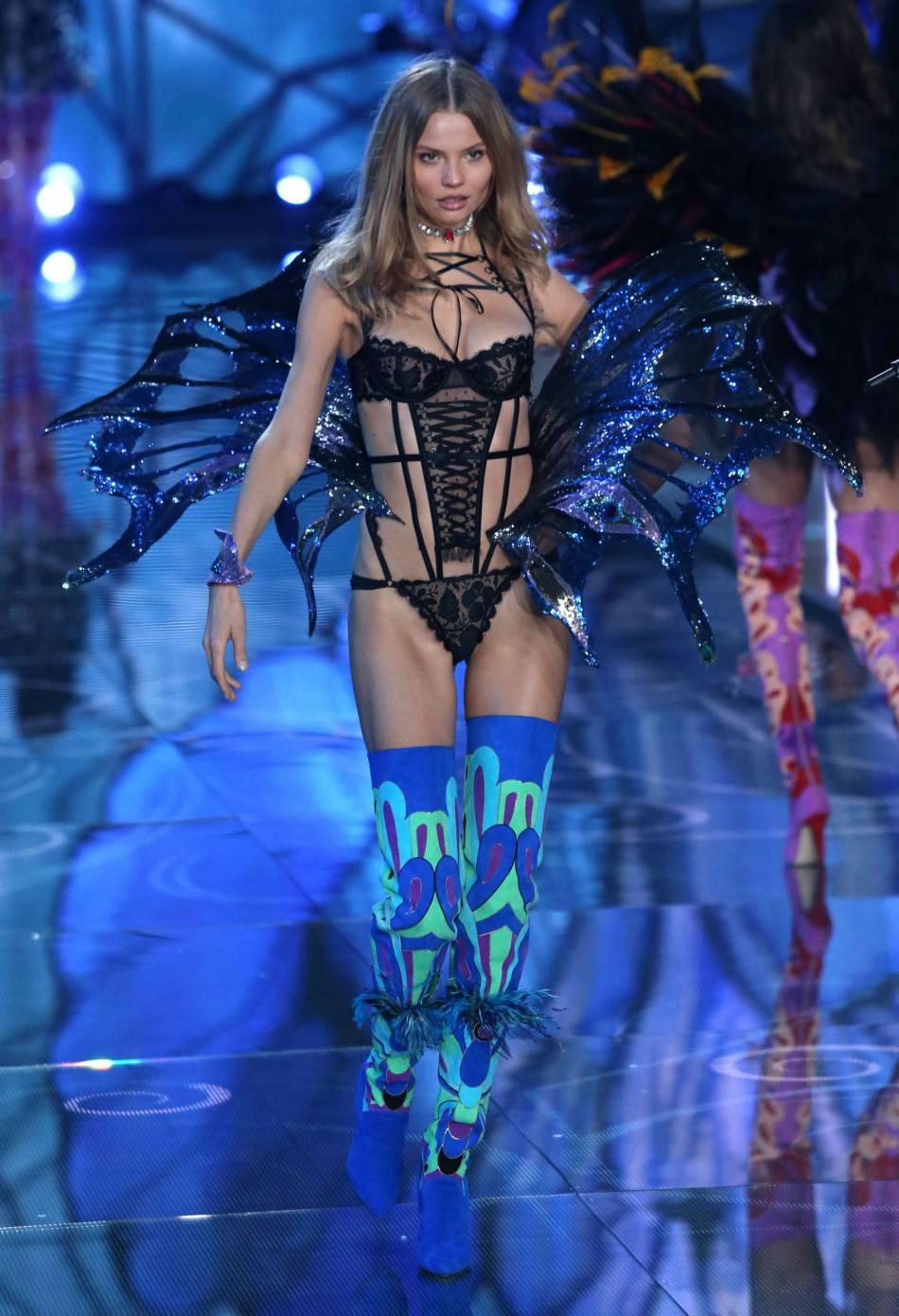 Magdalena Frackowiak pour le show Victoria's Secret 2015